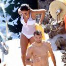 Nicole Scherzinger – Hot in Swimsuit in Capri – Italy - 454 x 681