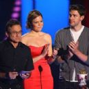 Robin Williams, Mandy Moore and John Krasinski during The 2007 MTV Movie Awards