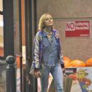 Malin Akerman – Shopping in LA