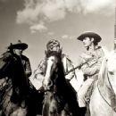 Frances Langford and Jon Hall - 454 x 336
