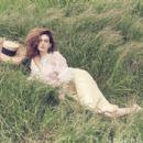 Anne Hathaway – Modern Luxury 2019 - 454 x 303