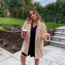 Jacqueline Jossa – Possing for Autumn-Winter Part 2 Collection with In The Style 2020