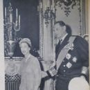 Queen Elizabeth II - Paris Match Magazine Pictorial [France] (1 June 1957) - 454 x 820