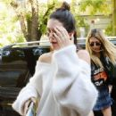 Kendall Jenner – Seen Out in Milan – Italy