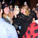 Taylor Swift – Heads to her album pop up shop at South Street Seaport in NYC - 454 x 496