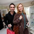Nestor Carbonell And Shannon Kenny