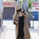 Alexis Ren – Spotted after ballet session on Easter in Los Angeles - 454 x 681