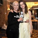 Annie and Tali Lennox at the Nordoff Robbins O2 Silver Clef Awards