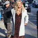 Denise Richards – Arrives at Good Morning America in New York City - 454 x 645