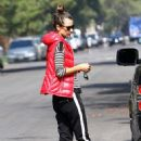 Alessandra Ambrosio: begins preparations to move homes in Los Angeles