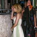 Emma Roberts – Leaves a party in Miami Beach December 14, 2017 - 454 x 865