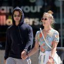 Nina Agdal and her boyfriend Jack Brinkley – Walking their dog in New York - 454 x 568