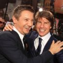 Tom Cruise - Jeremy Renner - 454 x 643