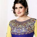 Zareen Khan - 454 x 303