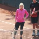 Shakira – Morning Training at a Tennis Club in Barcelona 2/27/ 2017 - 454 x 321