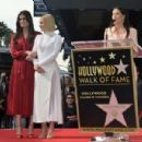 Kristen Bell – Reciving a star on the Hollywood Walk of Fame in Hollywood