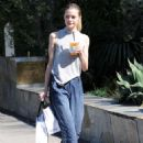 Jaime King out shopping in West Hollywood - 454 x 631