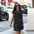 Terri Seymour – Shopping on Rodeo Drive in Beverly Hills - 454 x 681
