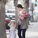 Jennifer Garner Stops For Coffee With Cute Seraphina