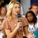 Claire Danes At Much On Demand In Toronto, Canada 2007-07-25
