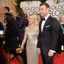 Naomi Watts and Liev Schreiber At The 71st Golden Globe Awards (2014) - 395 x 594