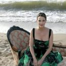 Linda Hardy - Poses On The Beach At The Cabourg's Festival Of Romantic Film In Cabourg, 14.06.2008.