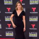 Natalie Morales- Telemundo's Latin American Music Awards 2015 -  Red Carpet - 399 x 600
