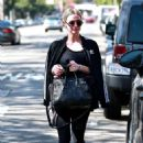 Ashlee Simpson – Exiting the Tracy Anderson gym in Studio City