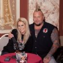 Jim Gillette and Lita Ford - 454 x 490