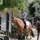 Kaley Cuoco – Horse trainer, Los Angeles