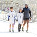 Seal spotted out in Los Angeles watching his kids flag football game Saturday October 15, 2016 - 454 x 340