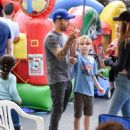 Pete Wentz spotted at Farmer's Market Sunday October 16, 2016 - 454 x 576