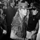 Susie Hatton and Bret Michaels - 400 x 257