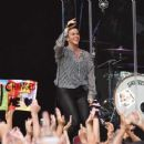 Alanis Morissette – Performs in Dublin - 454 x 363