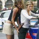 Gisele Bündchen and Jennifer Esposito - 345 x 640