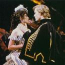 The Phantom Of The Opera  1986 - 1988 - 326 x 360