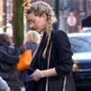 Amber Heard – Heading to a business meeting at Sant Ambroeus in NYC - 454 x 681