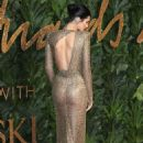 Kendall Jenner – 2018 The British Fashion Awards in London - 454 x 681
