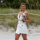 Samantha Hoopes – Arriving at the Sports Illustrated Swimsuit Soccer Event in Miami - 454 x 703
