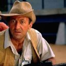 Bob Peck in Jurassic Park (1993) - 431 x 615