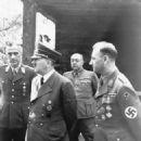 Adolf Hitler - 454 x 644
