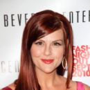 Sara Rue At Fashion's Night Out At The Beverly Center In Los Angeles - September 10, 2010
