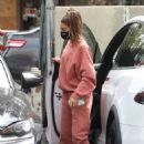 Chantel Jeffries – Looks sporty in Set Active sweats at The Earth Bar in Los Angeles
