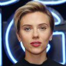 Scarlett Johansson – Rough Night Photocall in New York - 454 x 681
