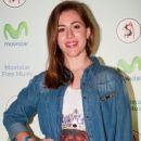 Laura Esquivel - 253 x 380