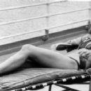 Jane Seymour - 454 x 236