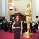 Maya Rudolph At The 84th Annual Academy Awards - Arrivals (2012)