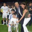 Zinedine Zidane and Veronique Zidane - 454 x 255