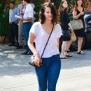 Lana Del Rey – Out in Beverly Hills