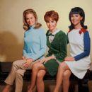 Elizabeth Montgomery, Judy Carne & Marlo Thomas